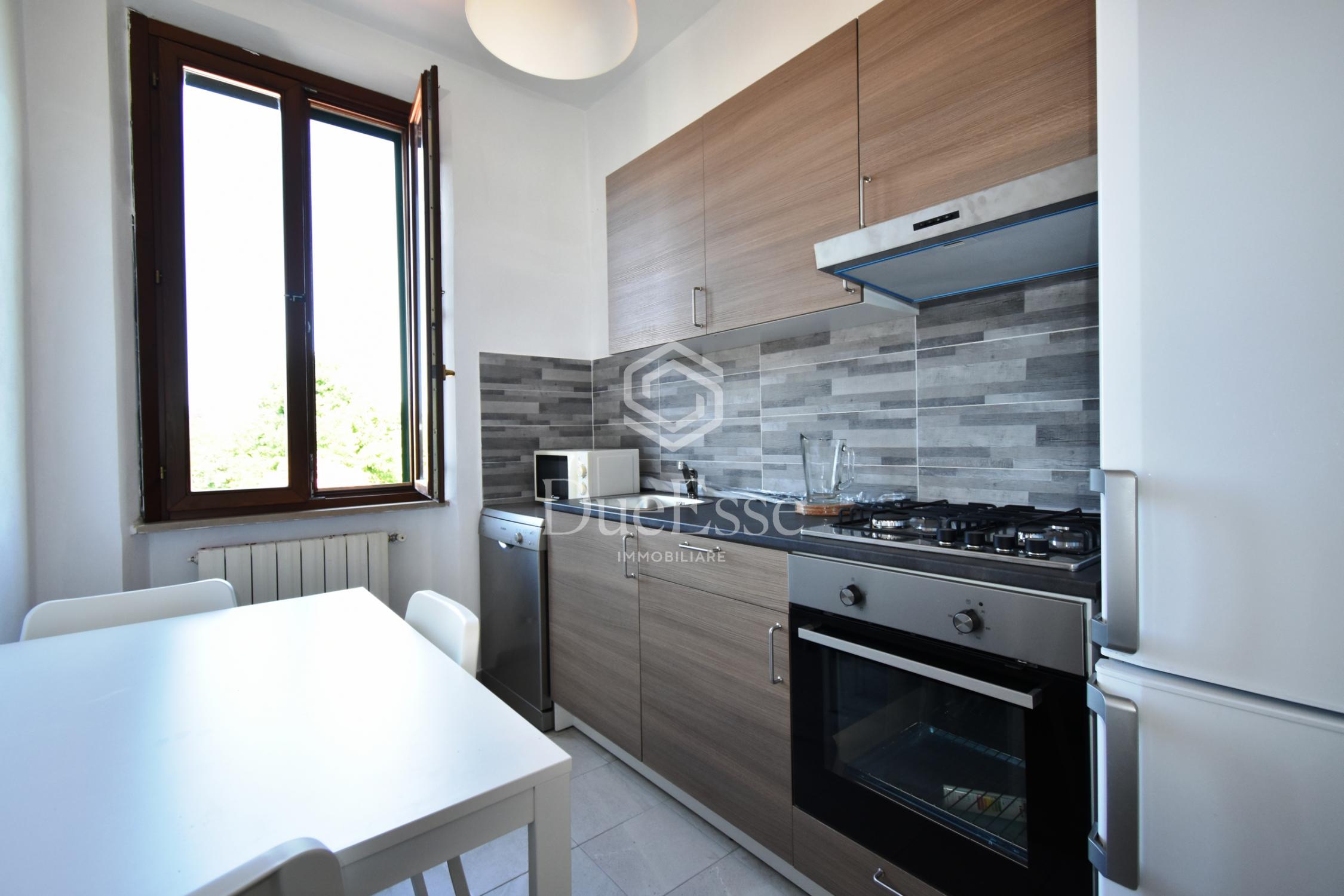 Appartamento di tre vani con ampio giardino – Aeroporto, Pisa