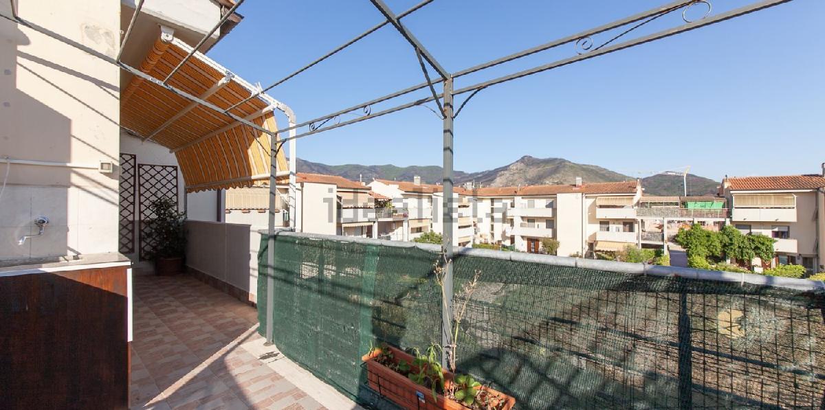 Trilocale in vendita a Calci, Lungo Monte, Pisa