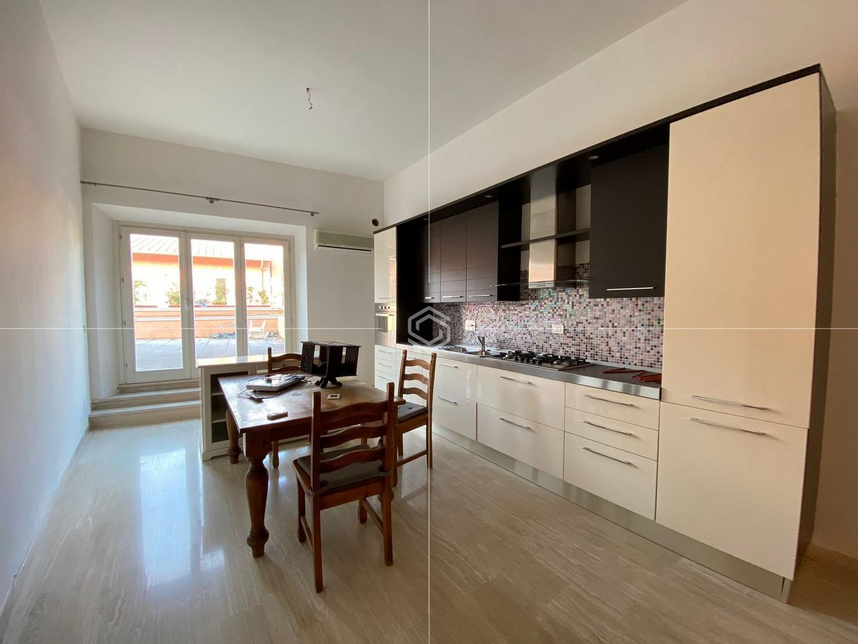 Appartamento in affitto a San Francesco con ampia terrazza