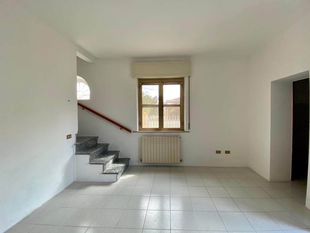 Ampio appartamento a Pontasserchio con disponibilità di posti auto