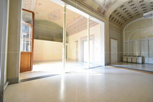 affitto-fondo-commerciale-centro-storico-pisa-dueesse-immobiliare-borgo