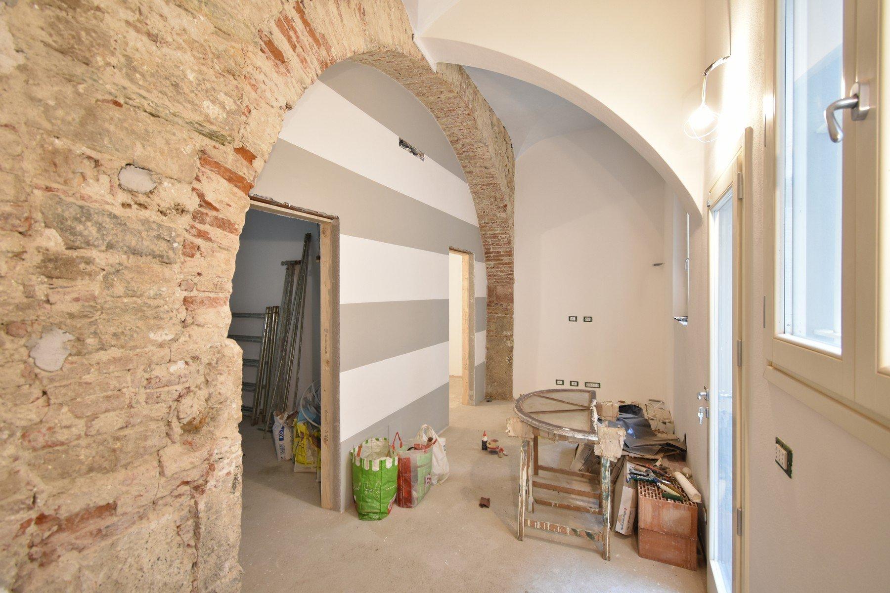 Appartamento ristrutturato in San Francesco con resede