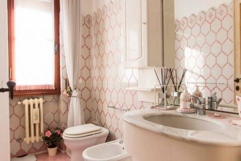 bagno rosa 1