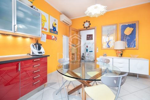 immobile-vendita-porta-a-lucca-pisa-due-esse-immobiliare25