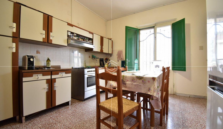 immobiliare-appartamento-barbaricina-giardino-vendita-dueessepisa