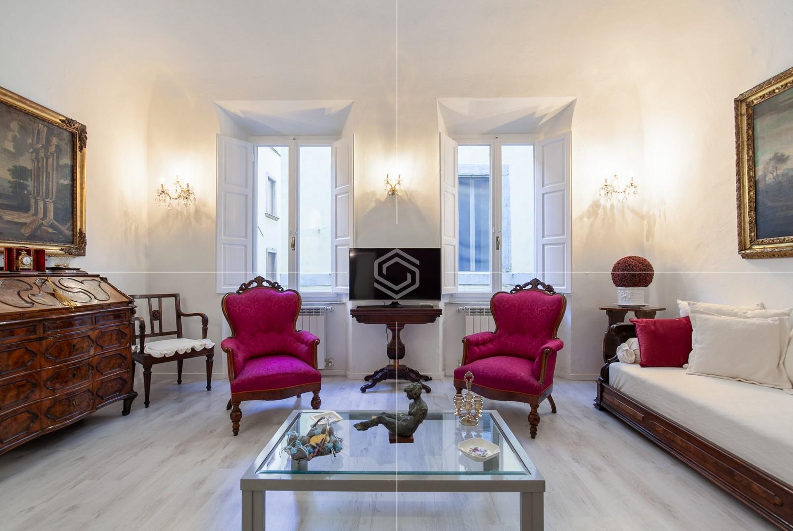Appartamento in vendita in ottime condizioni in Borgo Stretto, Pisa