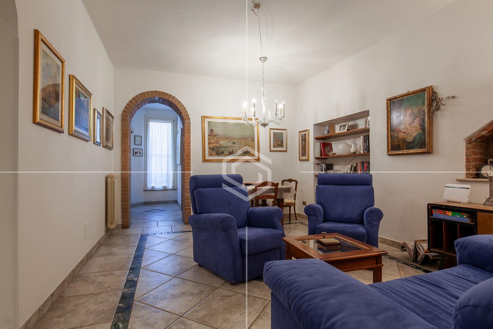 Ampio appartamento recentemente ristrutturato – Via Santa Maria