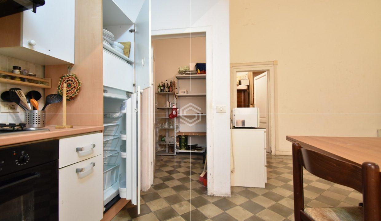 vendita-appartamento-centro-storico-pisa-san-martino-dueessepisa-immobiliare_26