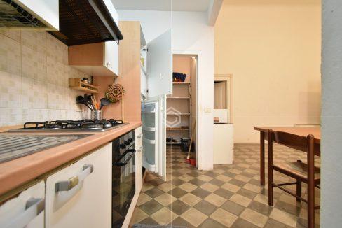 vendita-appartamento-centro-storico-pisa-san-martino-dueessepisa-immobiliare_31