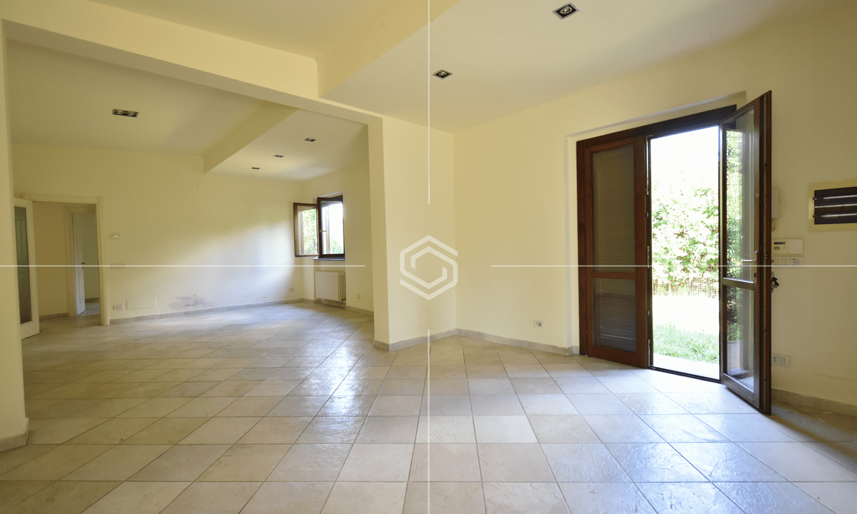 vendita villa con giardino- La Vettola- Pisa_11