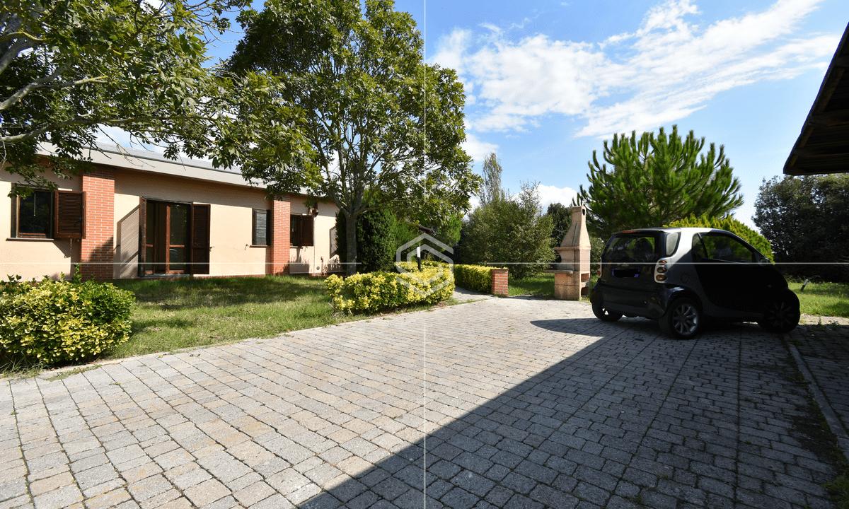 vendita villa con giardino- La Vettola- Pisa_24