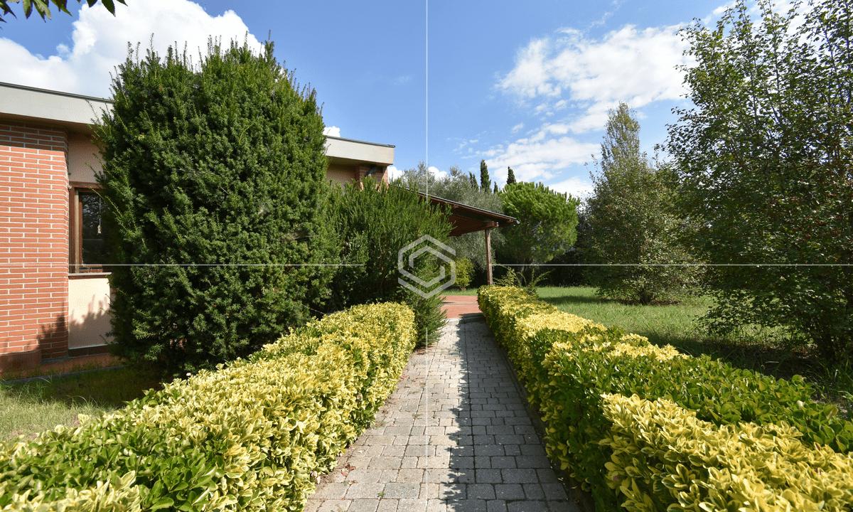 vendita villa con giardino- La Vettola- Pisa_26