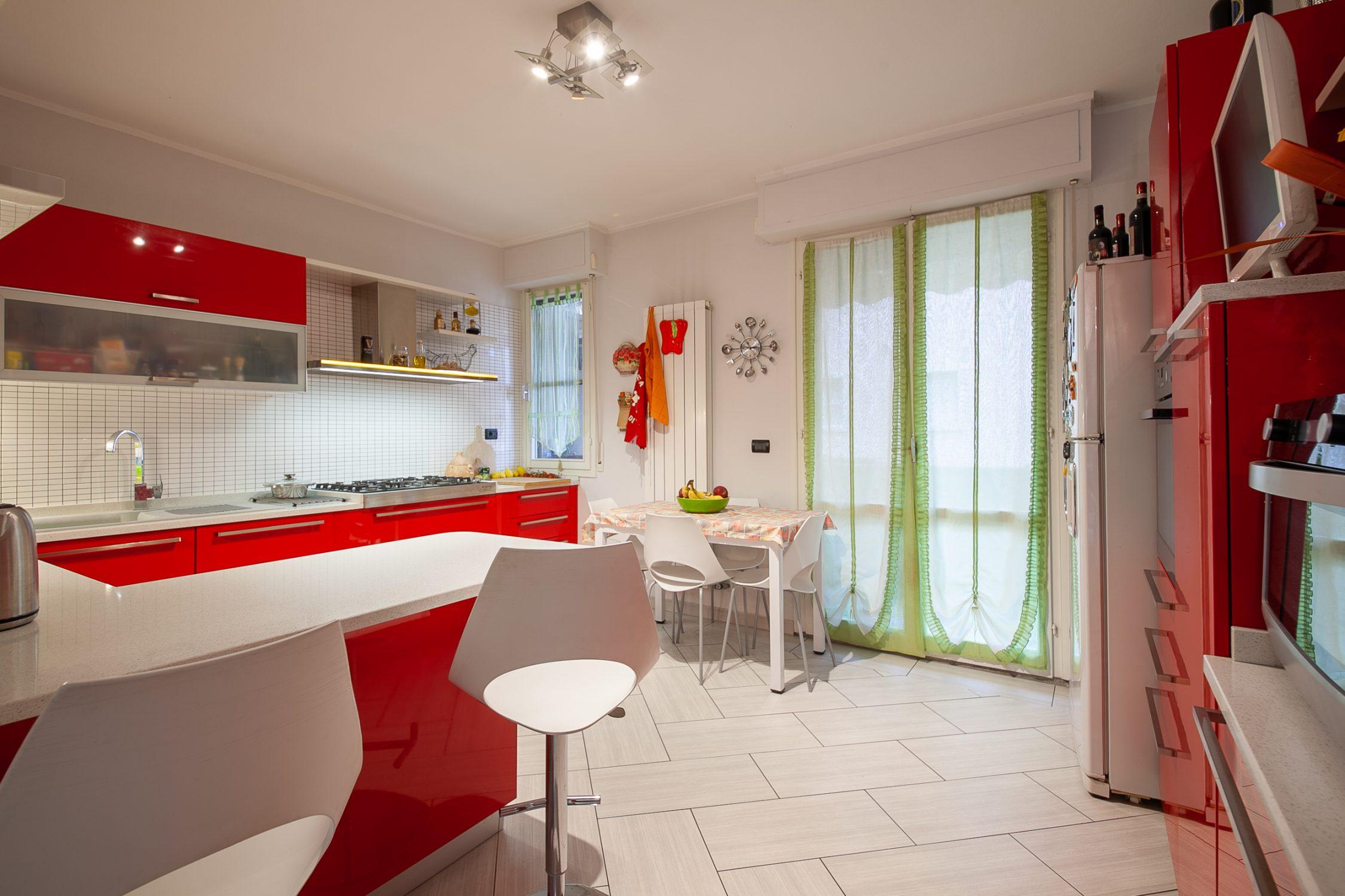 Nodica – Il terratetto Rosso con garage e giardino